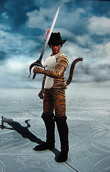 Puss In Boots. Shrek. Made using Creation mode in Soul Calibur 5. benjaminfrog.com